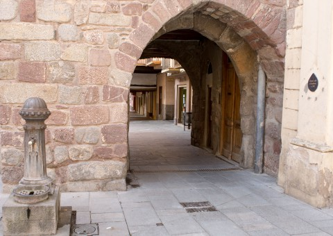 Portal de Andorra. Murallas